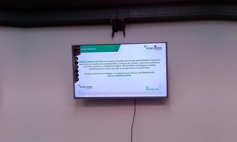 Información desplegada en pantallas
